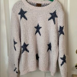 POL Sweater ~ Size Large ~ Stars ⭐️ ⭐️